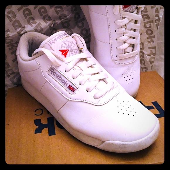 5c1302ac6ed54 Reebok Classic White Princess Sneaker. M 5aa343d200450f8388d39bff